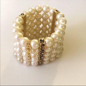 Cabi White Pearl Heritage Bracelet NWT #2127